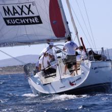 1. závodní den - tým Maxx Kuchyně