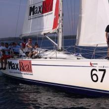 Posádka Max Real těsně před startem tréninkové rozjížďky.