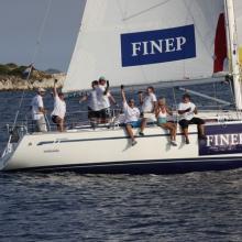 Radost v cíli posádky FINEP.