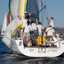 Loď SkiMU s kpt. Ondrou Bobkem si jede pro krásné 3. místo v celkovém umístění.